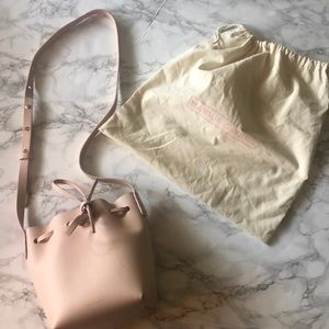 NWOT Mansur Gavriel Mini bucket bag in rosa